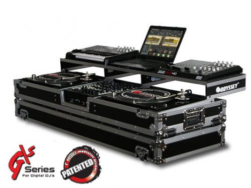 "Remixer Case with 12"" Mixer and Turntables"